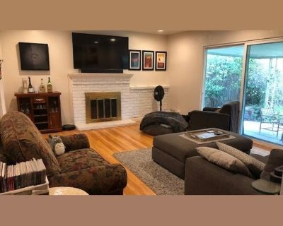 Room for rent in Leigh Avenue, Oster - Spacious room for rent in San Jose Cambrian area