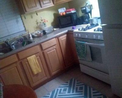 $89 3 single-family home in Denver Northwest