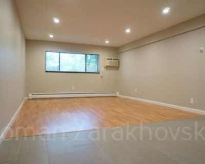 396 Langley Rd #300, Newton, MA 02459 2 Bedroom Apartment