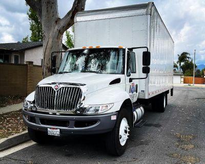 Hire a box truck