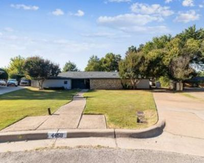 4458 Radstock Ct #1, Fort Worth, TX 76133 3 Bedroom Apartment