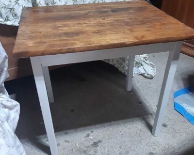 Nice restrained Side Table