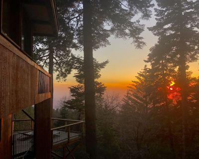 The Summer Solstice House-Cal-Zen, Hot-Tub and Sunsets. - Pine Cove