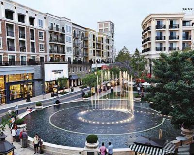 Walk Score 90 / steps to Dine, Entertainment, The Americana & Glendale Galleria - Moorpark