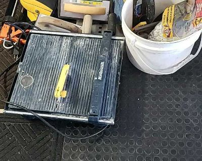 Various supplies for tiling/flooring