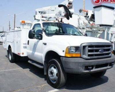 1999 Ford Super Duty F-550 Chassis Cab XLT