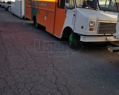 Lightly Used 2005 Chevy WorkHorse 18' Stepvan Kitchen Food Truck
