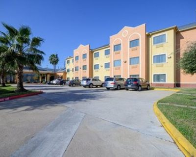 Hotel for Sale in Houston, Texas, Ref# 2584194