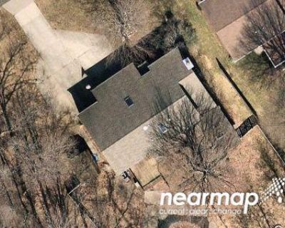 4 Bed 2.5 Bath Preforeclosure Property in Erie, PA 16511 - Eragas Dr