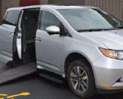 2015 Honda Odyssey Touring VMI North star Handicap mobility wheelchair accessible Van 28k miles