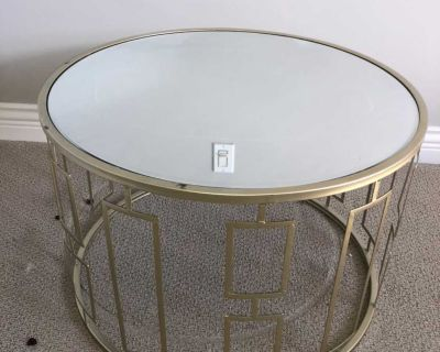 Mirror and gold side table/coffee table
