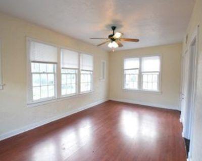 410 E 14th St #204, Sanford, FL 32771 1 Bedroom Condo