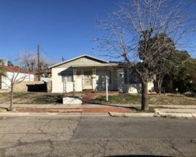 1024 Olson St, El Paso, TX 79903 2 Bedroom Apartment