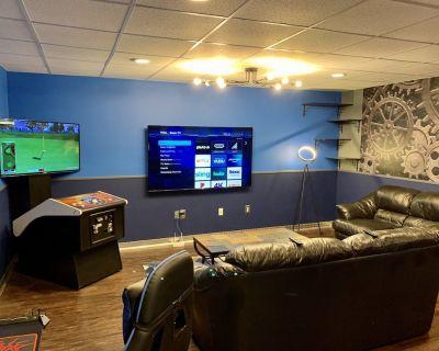 Modern Downtown Blue Steel Suite - New Cumberland