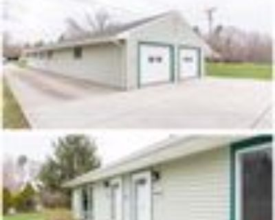 4889 Ann Arbor Saline Rd #1, Ann Arbor, MI 48103 3 Bedroom Apartment