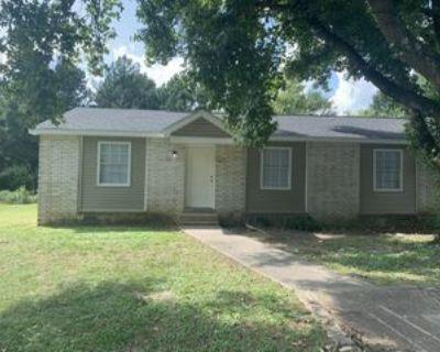 761 Rushmeade Rd #A, Jackson, TN 38305 2 Bedroom Apartment