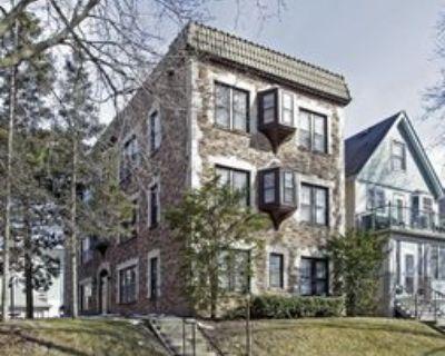 3358 North Cambridge Avenue, Milwaukee, WI 53211 2 Bedroom Apartment