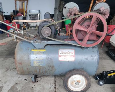 Speedaire air compressor with Dayton motor & Air compressor attachments