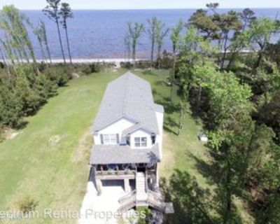 710 Sandy Point Dr, Beaufort, NC 28516 3 Bedroom House