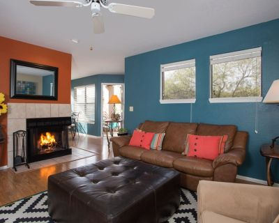One Bedroom Condo with Mountain Views - Catalina Foothills
