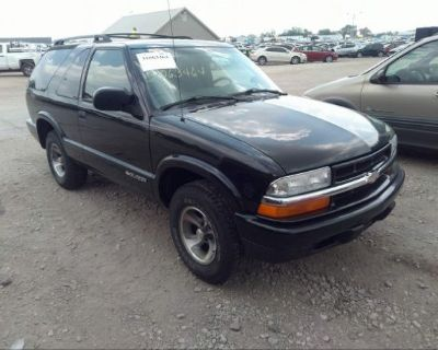 Salvage Black 2002 Chevrolet Blazer