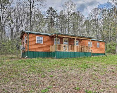 NEW! Bidwell Cabin w/ Deck: Trail & Creek Access! - Bidwell