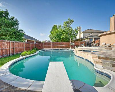 DIVING POOL & HOT TUB for your family w/Full Setup - Southeast Arlington