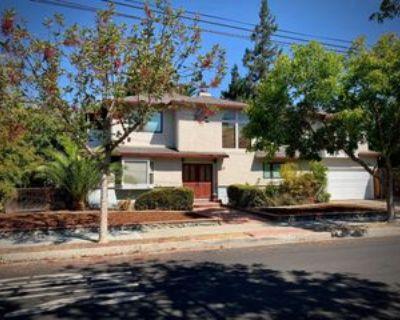 2211 High St, Palo Alto, CA 94301 4 Bedroom House