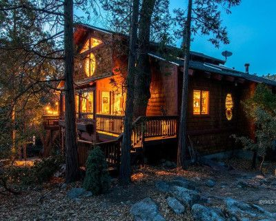 Magical Wellness Retreat Cabin in the Woods, Idyllwild, CA