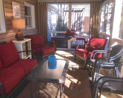Serenity Amid it All. Pet friendly, WiFi, outdoor shower, grill - Rehoboth by the Sea