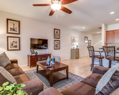 Gorgeous & classic 4BD/3.5BA town-home with private splash pool!! - Four Corners