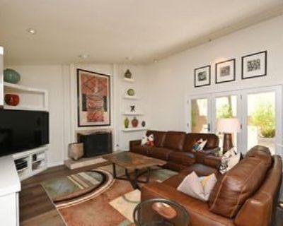 5347 N La Plaza Cir, Phoenix, AZ 85012 1 Bedroom Condo