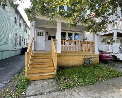 Apartment Rental - 383 Auburn Ave.