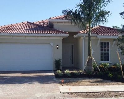 New 4BR, 3.5Bath Custom Pool/Hot Tub overlooking Water/Preserve - Fort Myers