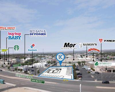 Potential Drive-Thru on San Mateo Blvd., just off I-40
