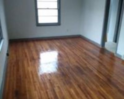 614 1/2 10th St Se, Austin, MN 55912 1 Bedroom House