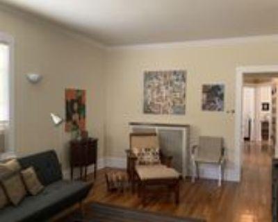 525 S ElginUnit 1 #1, Forest Park, IL 60130 3 Bedroom Apartment