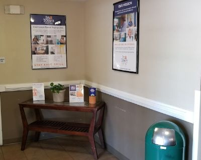 Intown Suites Extended Stay Select Hampton - Hampton