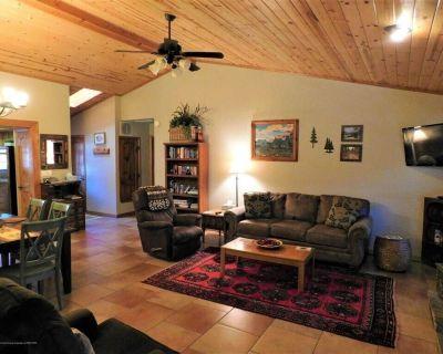 Rendezvous Cabin, beautiful updated cabin, sleeps 8 - Ruidoso