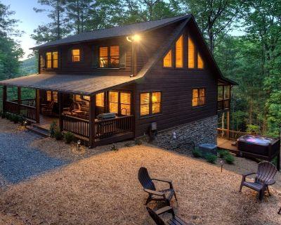 Private Family Retreat - Walnut Mountain