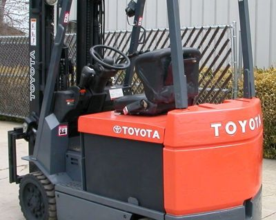 2007 Toyota Industrial Equipment 7FBCU32 6500 lb