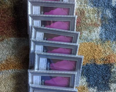 """Lot of 9 4x6"""" picture frames"""