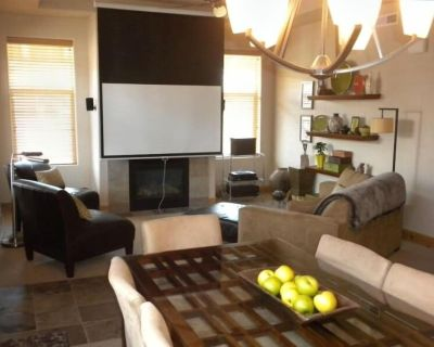 Luxury Townhouse with HD 4k Projector Home Theater - South Snyderville Basin