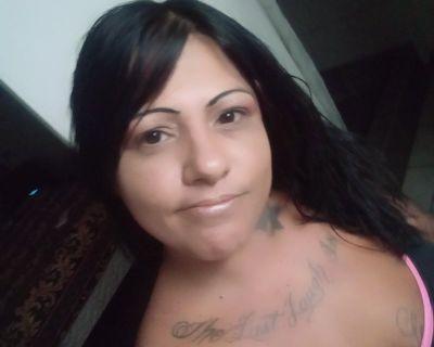 37 year old Female seeks a room