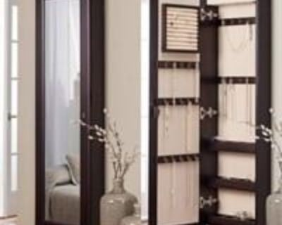 jewelry cabinet /armoire & Collectible Item liquidation