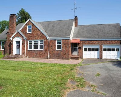 Full Renovated House Near the Beach On the Bay - Kent County