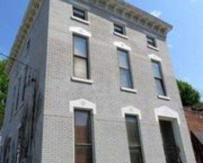 119 E Oak St #3, Louisville, KY 40203 2 Bedroom Apartment