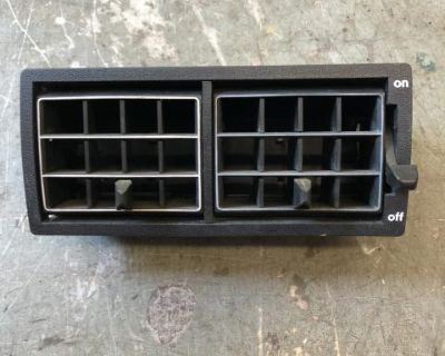 1974-80 MK1 Rabbit/Caddy Dash A/C Center Vent