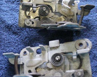 65-69 Door Operating Mechanism 311837015+6