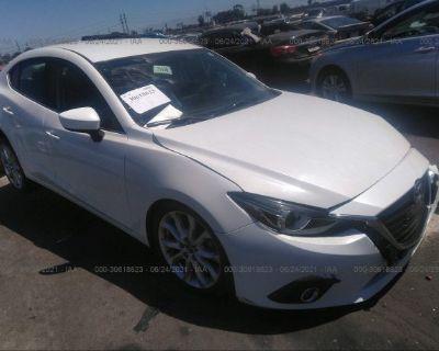 Salvage White 2014 Mazda Mazda3